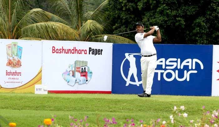 Homeboys give a determined chase on the opening day of Bashundhara Bangladesh Open
